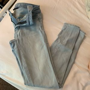 Light Wash Jeggings